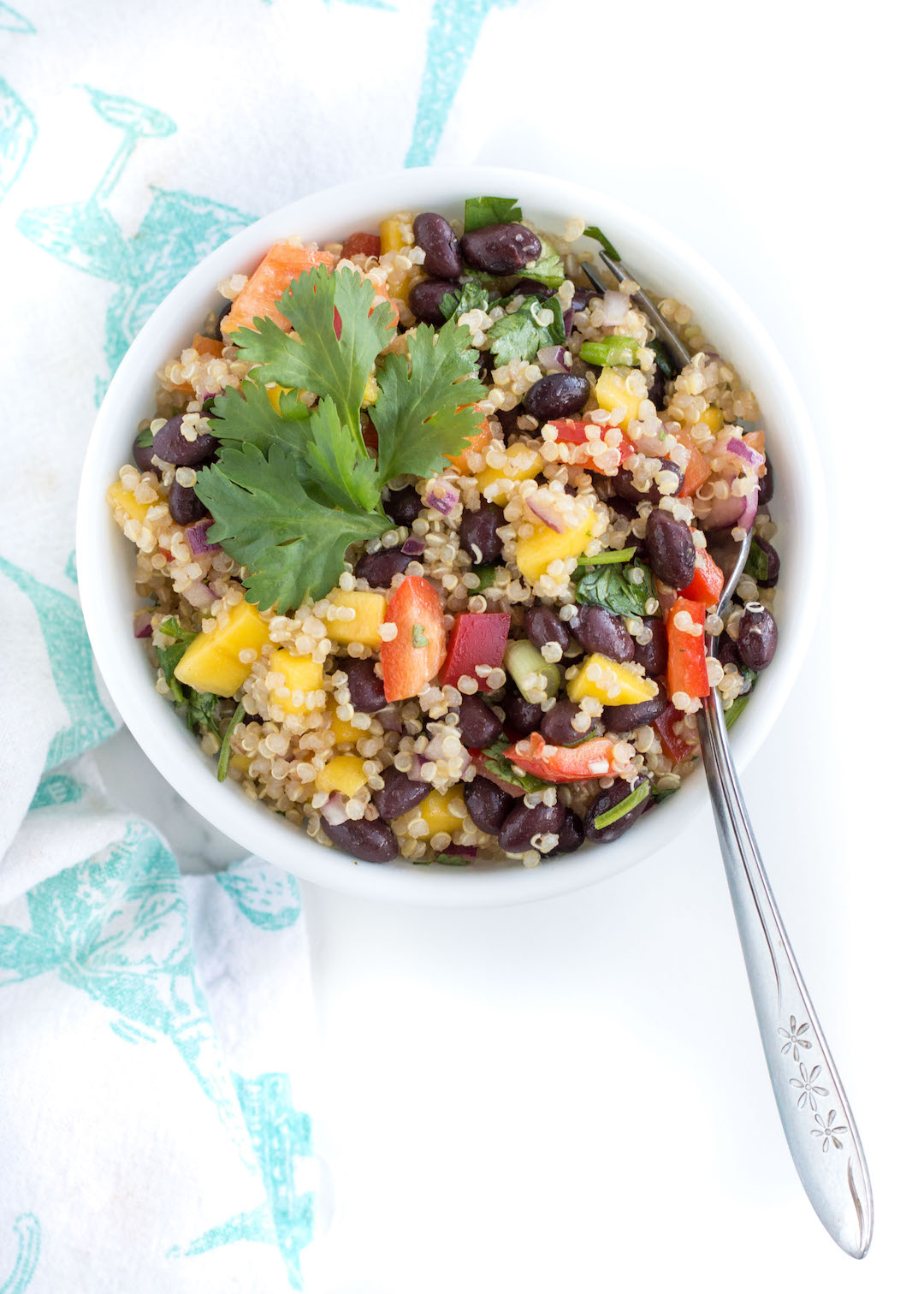 IF YOU MAKE THIS BLACK BEAN MANGO QUINOA SALAD RECIPE, LET ME KNOW ...