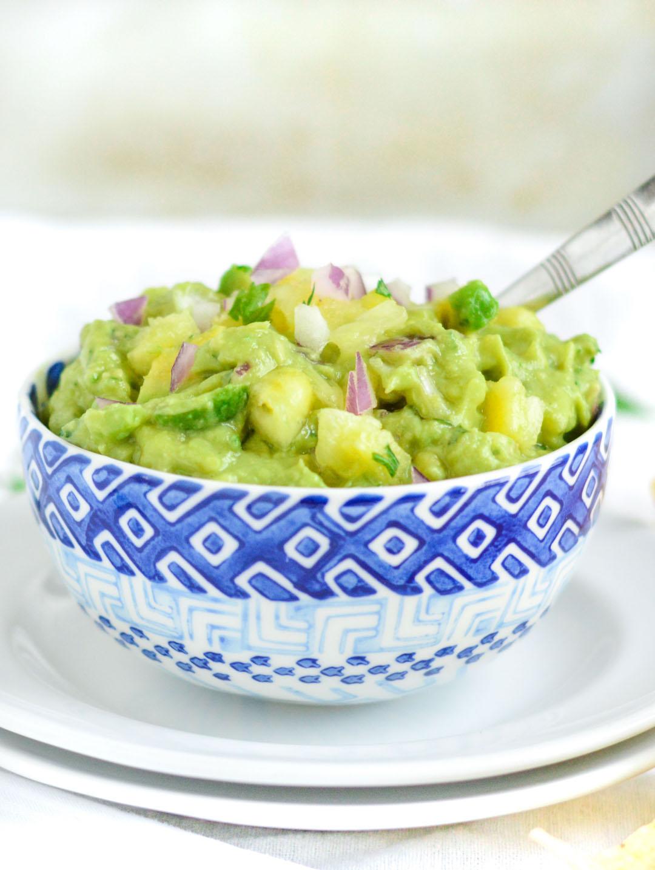 Pineapple Guacamole | homeamade guacamole | gluten free, vegan, dairy free, easy to make | healthy snack recipe